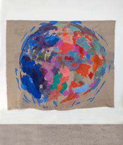 GIROTONDO I, 2018, pigmenti su tela di lino sospesa, 225 x 275 cm
