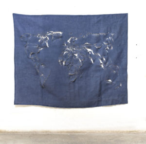 Mappa scucita II, 2017, juta ritagliata,162 x 197 cm
